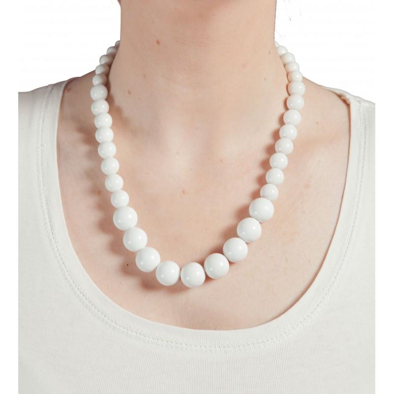 collier perles blanches en plastique fete paris. Black Bedroom Furniture Sets. Home Design Ideas