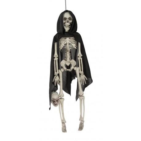 Squelette plastique avec cape